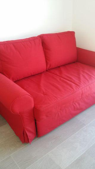Sofá cama de dos plazas IKEA