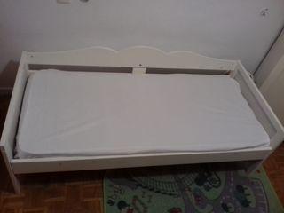 Armario y cama Infantil IKEA