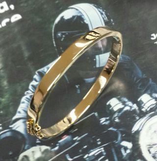 Pulsera rigida hecha a mano oro macizo 18 ktes