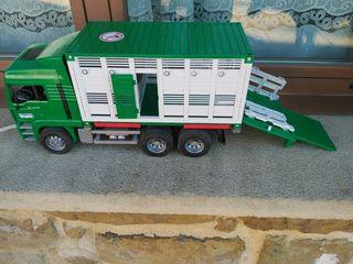 Camión para transporte de animales