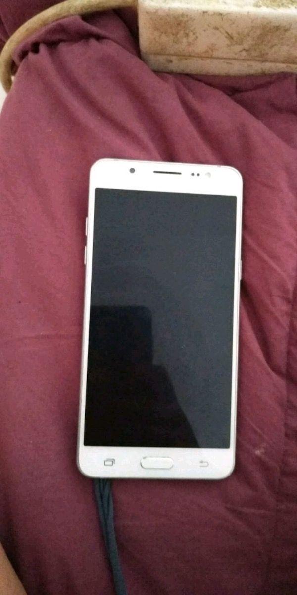 Samsung Galaxy J5 2016 blanco, libre
