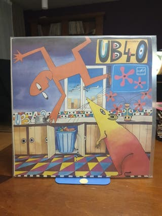 DISCO VINILO UB-40 RAT IN THE KITCHEN 86