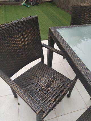 muebles de ratan jardin