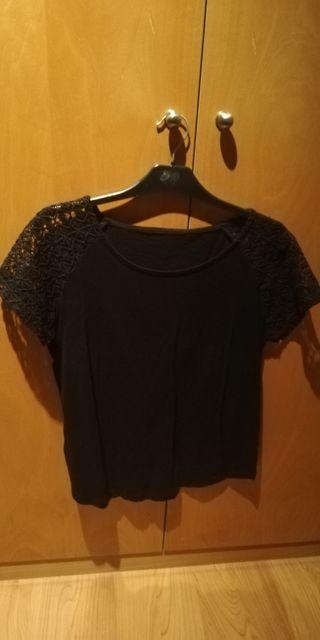 Camiseta negra t. 42/44 NUEVA