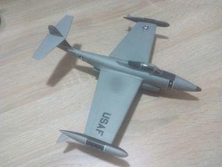 Maqueta Northrop F-89 Escorpión