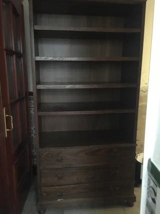 Mueble de madera o platero