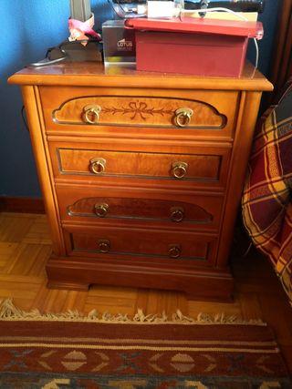 Conjunto de muebles clásicos
