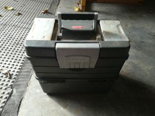 caja de herramientas grande completamente nueva