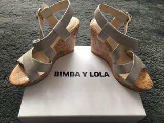Zapatos de cuña Bimba y Lola