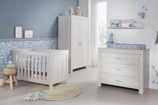 Dormitorio bebes niño o niña ( Made in Holland )