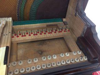 AFINADOR DE PIANO Y REPARACIÓN DE PIANOS