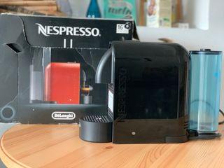 Cafetera Nespresso de Cápsulas en perfecto estado