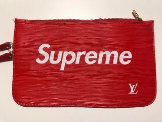 Cartera roja Supreme x LV