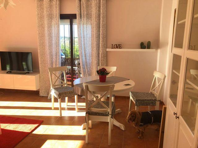Apartamento en Frigiliana, 2 dormitorios, piscina (Frigiliana, Málaga)