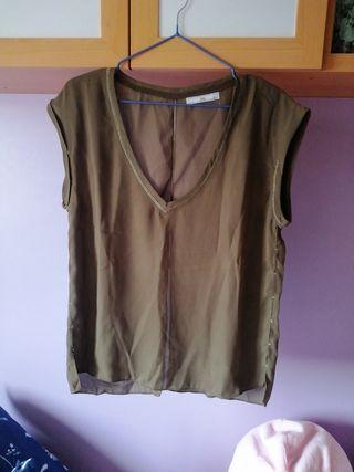 Blusa verde caqui M