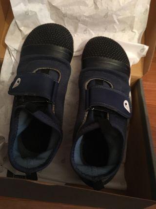 Zapatillas unisex Bobux talla 28