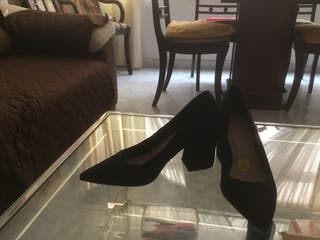 Zapatos de salón, tacón grueso