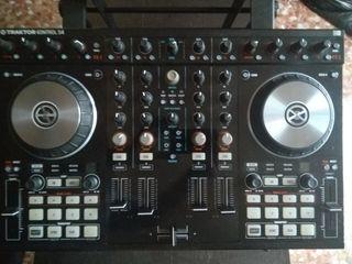 Controladora DJ Traktor S4 MK2