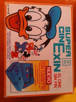 Super 8 Cinexin Azul.