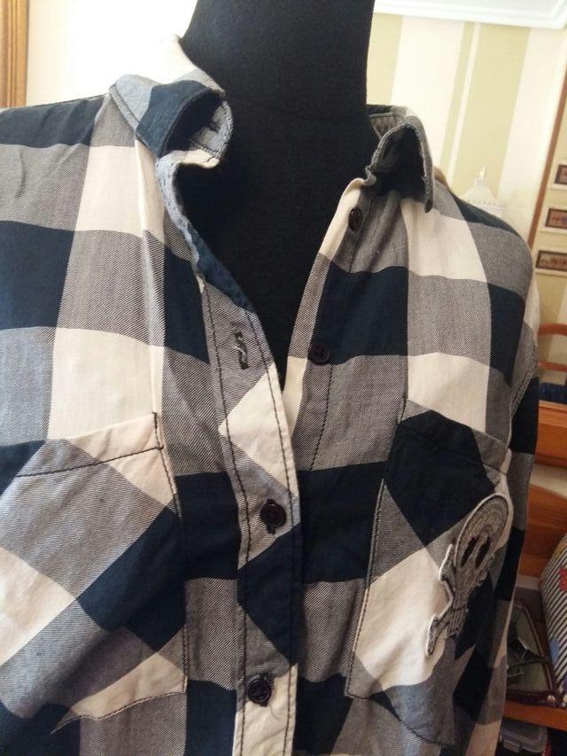 2 Camisa talla M/L