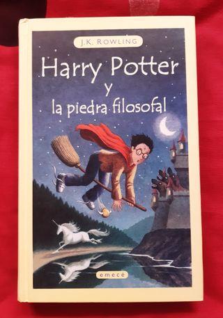 """LIBRO """"HARRY POTTER Y LA PIEDRA FILOSOFAL"""""""