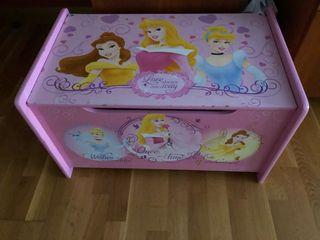 Baúl infantil princesas