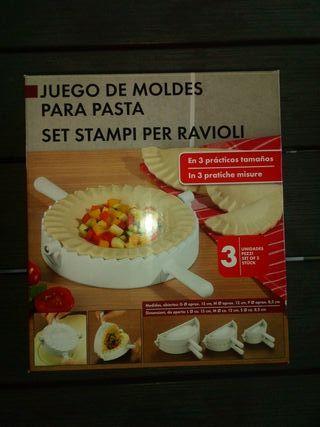 NUEVO : Moldes para raviolis o empanadillas