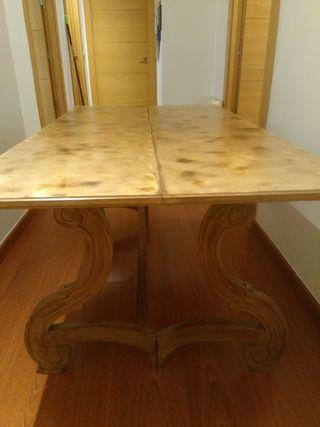 mesa libro antigua restaurada