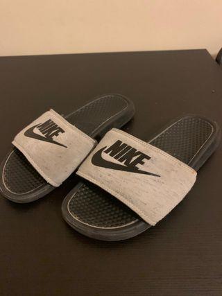 Chanclas Nike