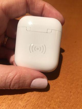 Caja carga inhalambrica air pods