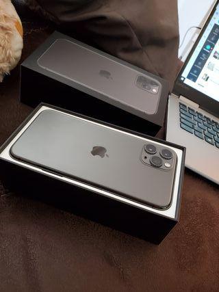 IPHONE 11 pro max NEGRO como NUEVO Apple