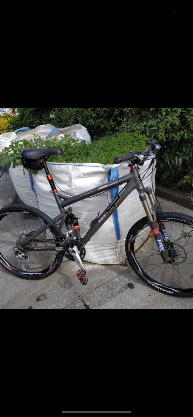 Bicicleta de enduro lapierre