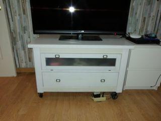 Mesa televisión con dos cajones