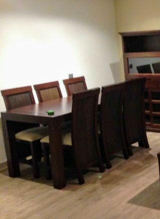 conjunto de mesa y sillas de salón
