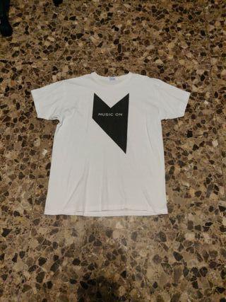 Camiseta Music On Ibiza