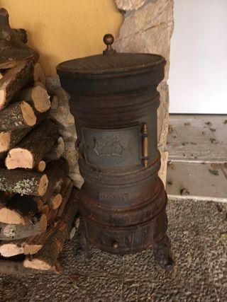 Estufa hierro fundido, antigua