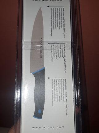 Cuchillo Cocinero Arcos nuevo
