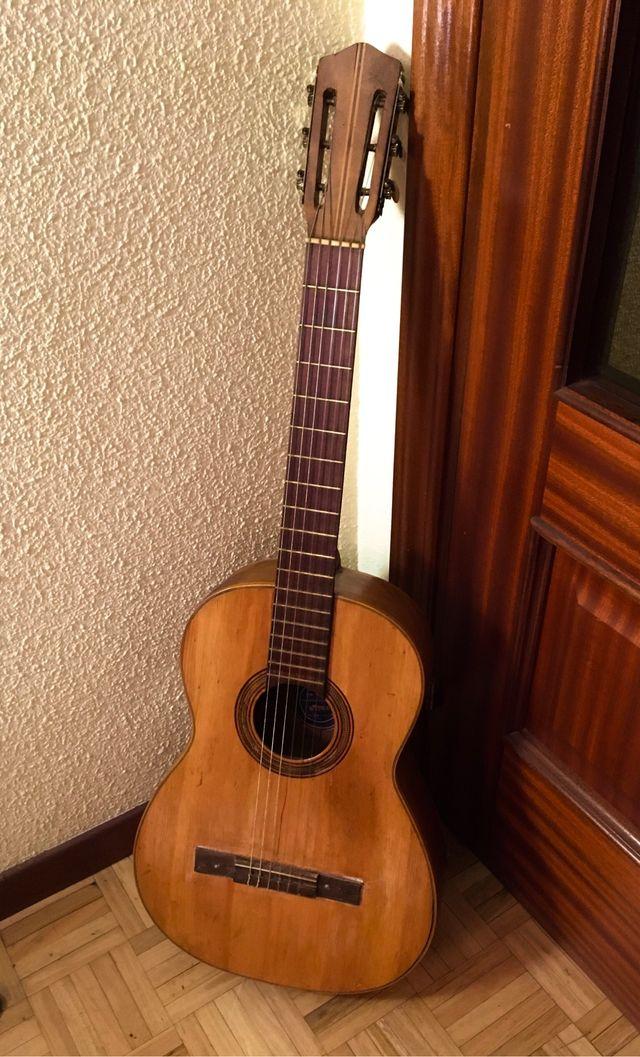 Guitarra española Ramírez