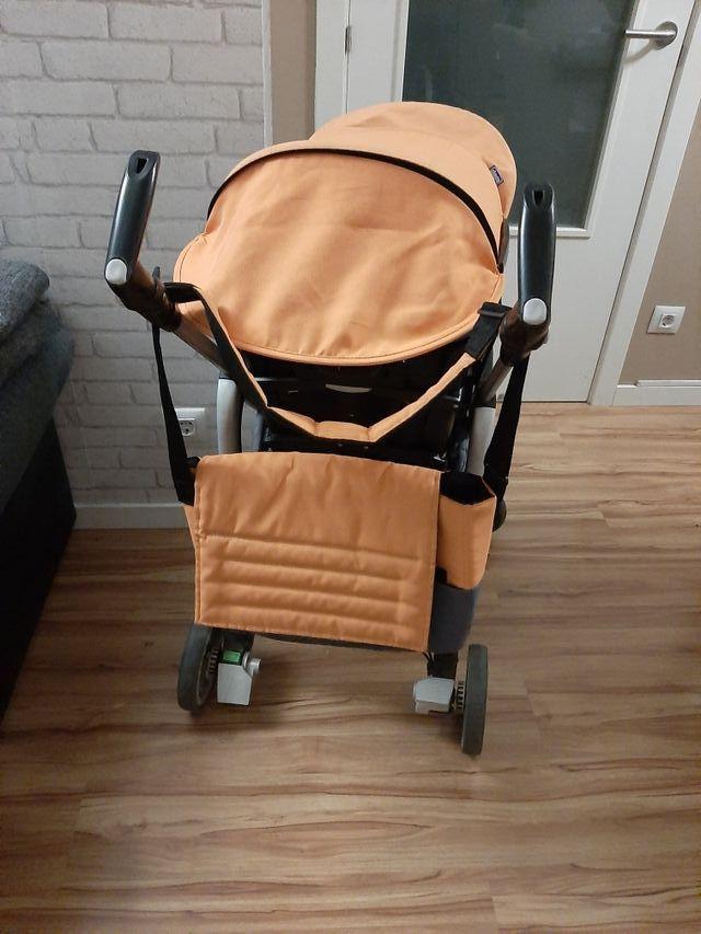 Carro Chicco naranja