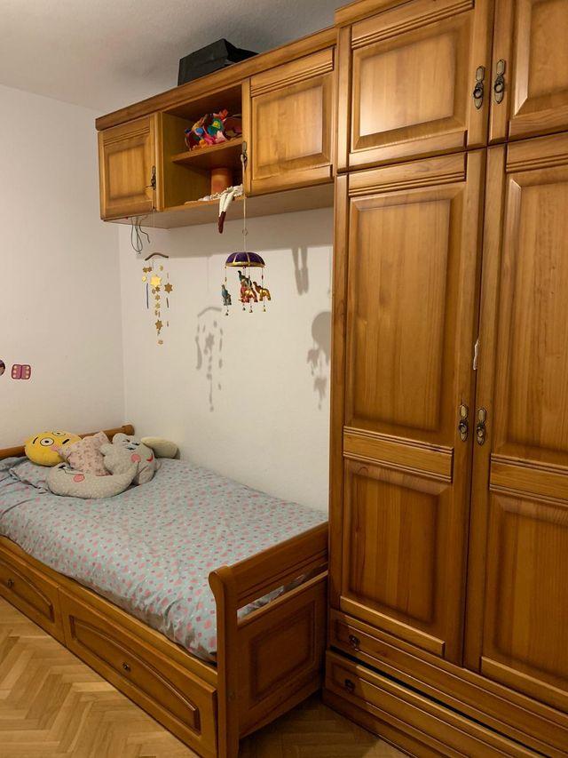 Mueble de habitación de pino macizo con cama nido