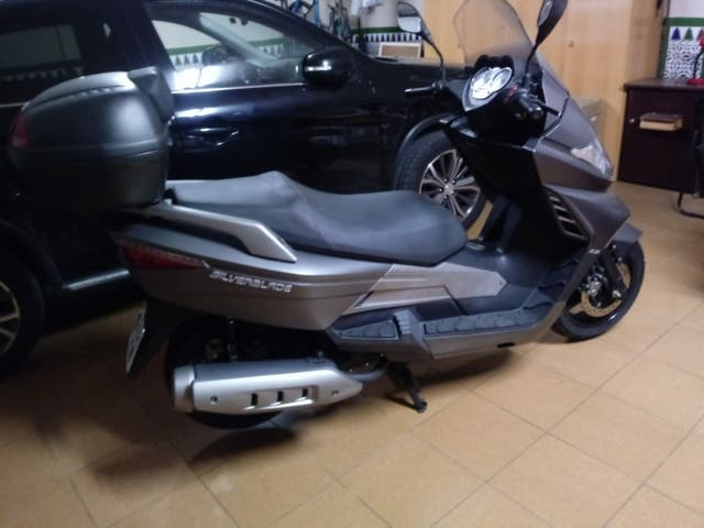 moto 250 cc KEEWAY SILVERBLADE
