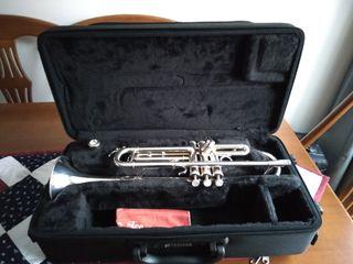 Trompeta Yamaha 5335