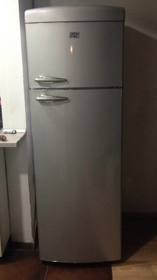 Nevera - frigorífico retro vintage