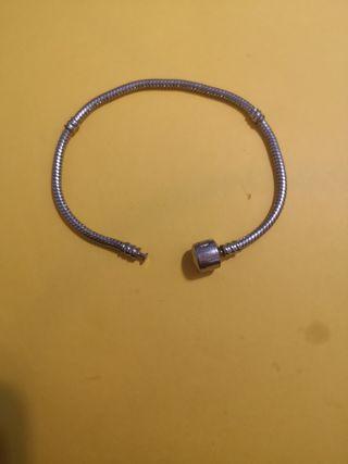 pulsera tipo Pandora