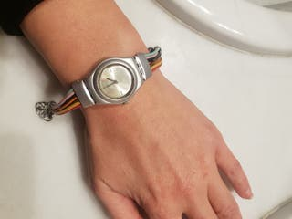 Reloj swatch colores