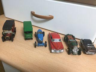 Coches de juguetes antiguos