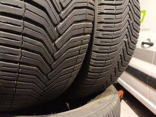 235/55-17 103V Michelin