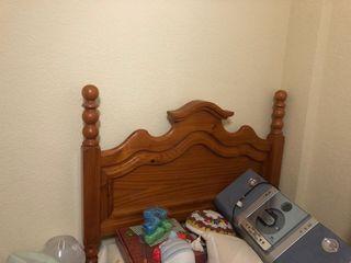 Cama de pino macizo