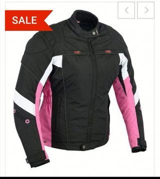 chaqueta y pantalón de cordura para chica par moto