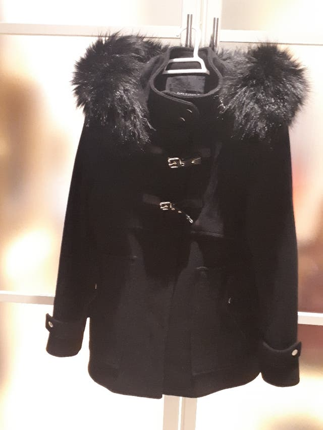 Precioso abrigo de Zara de esta temporada talla L